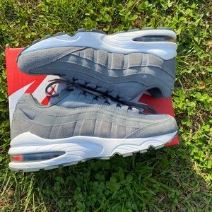 New! Nike Air Max